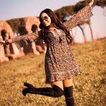 Shooting fotografico di modella al parco degli acquedotti a Roma