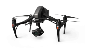 Drone nero DJI INSPIRE 2 con videocamera X7